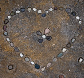 Pietre a forma di del cuore Fotografie Stock Libere da Diritti