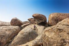 Pietre giganti millenarie nel parco naturale di Iona l'angola Cunene immagine stock libera da diritti