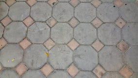 Pietre per lastricati dei mattoni grigi Immagini Stock Libere da Diritti