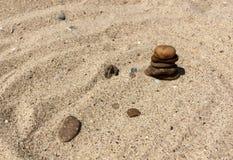 Pietre su una spiaggia Immagine Stock