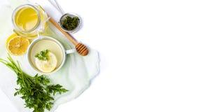 Pietruszki herbata z cytryną i miodem Zdjęcia Royalty Free
