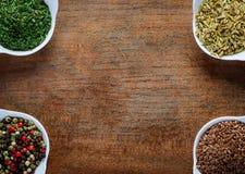 Pietruszki, kminu, Peppercorn i flaxseed rama, fotografia stock