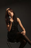 śpiewacka mikrofon kobieta Zdjęcie Stock