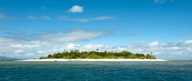 Pieza alejada deshabitada de la isla de Fiji Fotografía de archivo