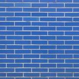 Pieza de la pared de albañilería construida de ladrillos azules foto de archivo
