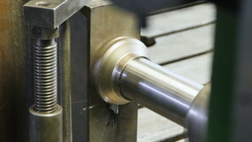 Pieza de metal del compresor del primer Grinded por la fresadora metrajes