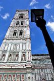 Pieza de Santa Maria del Fiore y de posts antiguos de la lámpara Fotografía de archivo