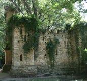 Pieza de una pared de piedra vieja Fotos de archivo libres de regalías