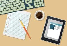 Pieza del teclado con el papel, la tableta y la taza de café ilustración del vector
