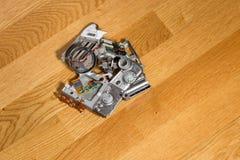 Piezas compactas rotas desmontadas de la cámara digital Imágenes de archivo libres de regalías