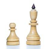 Piezas de ajedrez de madera Fotos de archivo libres de regalías