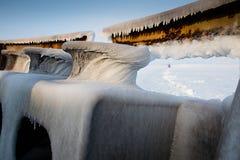 Piezas de la nave cubierta con hielo Foto de archivo libre de regalías