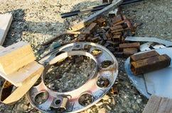 Piezas de metal oxidadas Imágenes de archivo libres de regalías