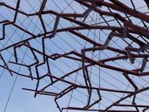 Piezas de Supertree sobre un cielo azul Imagen de archivo