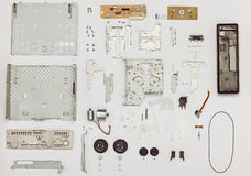 Piezas del Vintage Electronics dispuestas Fotografía de archivo libre de regalías
