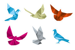 Pigeons de papier, ensemble de vecteur d'origami de colombes Photo stock