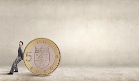 piggy αποταμίευση τοποθέτησης χρημάτων τραπεζών Στοκ Φωτογραφία