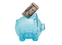 Piggy τράπεζα γυαλιού, με τον αμερικανικό $100 λογαριασμό Στοκ εικόνα με δικαίωμα ελεύθερης χρήσης