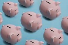 Piggy банк концепция дела, финансов, вклада и сбережений Скопируйте космос для текста Стоковое Фото