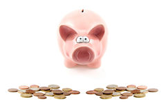 Piggy bank ans cash money Royalty Free Stock Images