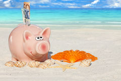 Piggy Bank savings für Vacation Stock Image