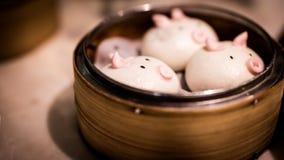 Piggy bullar för dim sum royaltyfria foton