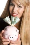 Piggy Querneigung-Frau lizenzfreie stockfotos