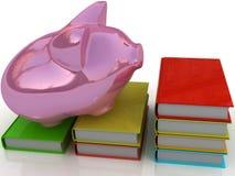 Piggy Querneigung und Buch Stockfoto