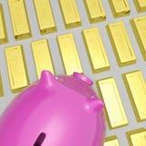 Piggybank en riqueza de las demostraciones de las barras de oro Imágenes de archivo libres de regalías