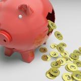 Piggybank quebrado mostra a economia de Europa Fotografia de Stock