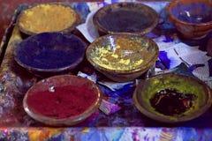 Pigment och färger i bunkar Royaltyfri Fotografi