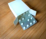 Pigułki pudełko Zdjęcia Stock