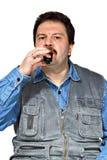 Pije mężczyzna Fotografia Royalty Free