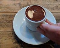 Pije twój czekoladę obraz royalty free