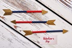Pijlen en de Dagkaart van Valentine ` s Royalty-vrije Stock Foto