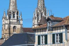 Pijlen van Bayonne-Kathedraal Stock Foto's