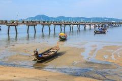 Pijler bij Chalong-Baai, Phuket, Thailand Stock Foto