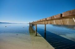 Pijler bij de vakantietoevlucht van Tahoe van het Meer in Californië stock afbeelding