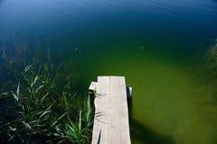 Pijler bij het meer Royalty-vrije Stock Foto's