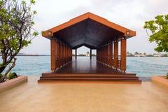 Pijler bij Mannelijke luchthaven, de Maldiven stock afbeelding