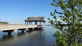 Pijler in Blythe Landing bij Meer Norman in Huntersville, Noord-Carolina Stock Fotografie