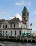 Pijler een Havenhuis Stock Foto