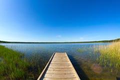 Pijler op het meer stock afbeelding