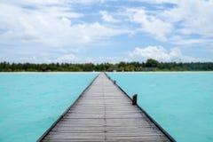 Pijler op het strand, de Maldiven Stock Afbeelding