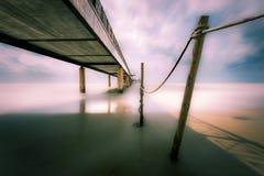 Pijler op zee met lange blootstelling Royalty-vrije Stock Afbeelding