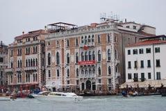 Pijlergondel in Venetië Stock Fotografie