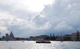 Pijlergondel in Venetië Stock Afbeeldingen