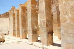 Pijlers bij de LijkTempel van Hatshepsut. Royalty-vrije Stock Foto