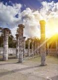 1000 pijlers complex bij de plaats van Chichen Itza, Yucatan, Mexico Stock Foto's