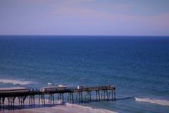 Pijlers in het zand Stock Fotografie